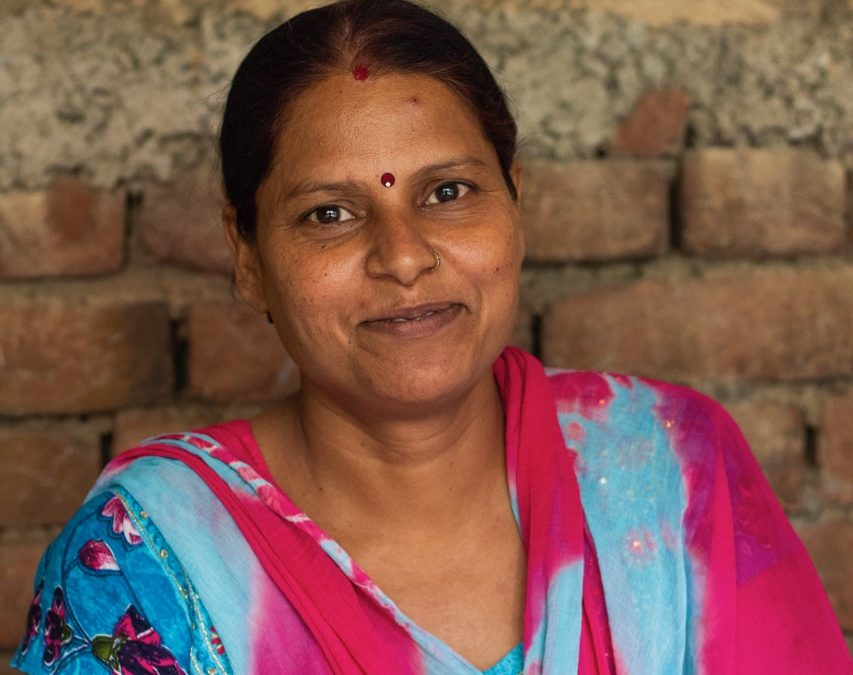 Would You Help Renu Empower a Sewing Circle in Need? #GivingTuesday #projectwhydelhi